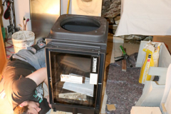 Aufbau eines Kamins, Fabrikat Brunner