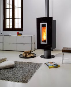 """Der Kaminofen Wodtke """"Vision7"""" bietet ein Feuererlebnis der besonderen Art"""